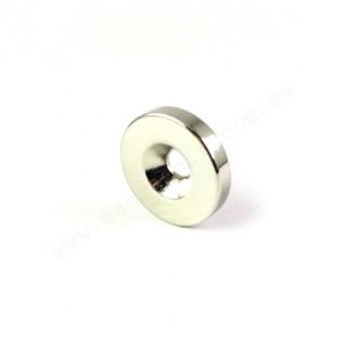 Магнит с зенковкой D30-d7,5/4,5*h3 мм