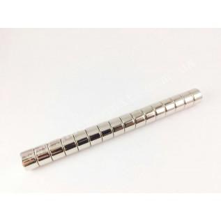 Маленький неодимовый магнит D8*H6